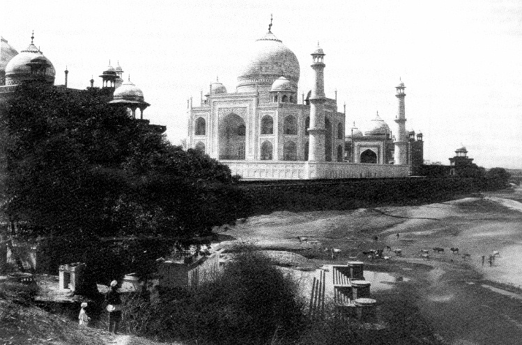 Taj from the River - CLICK!